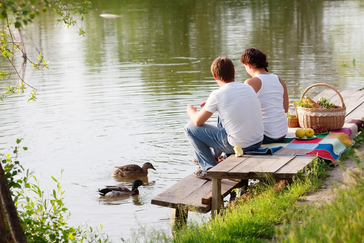 Balade en canoë et halte pique-nique sur les rives du Lay