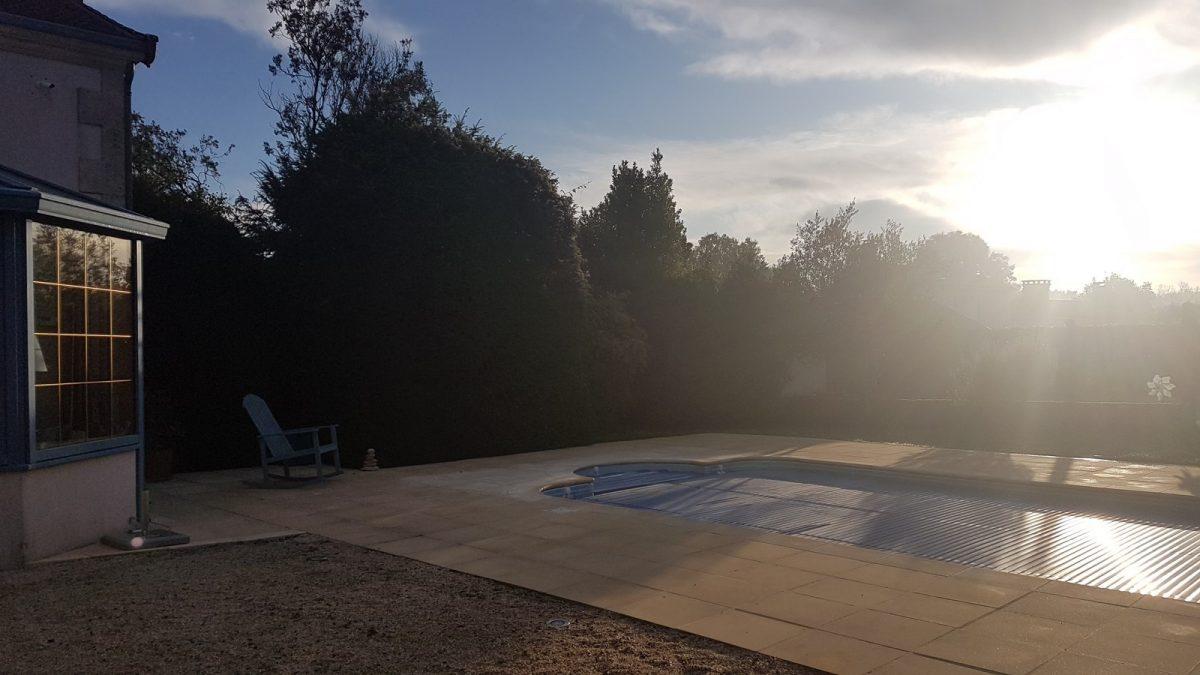 Olifaniere-la réorthe-piscine-matin