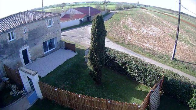 le Gîte sa terrasse et son jardin