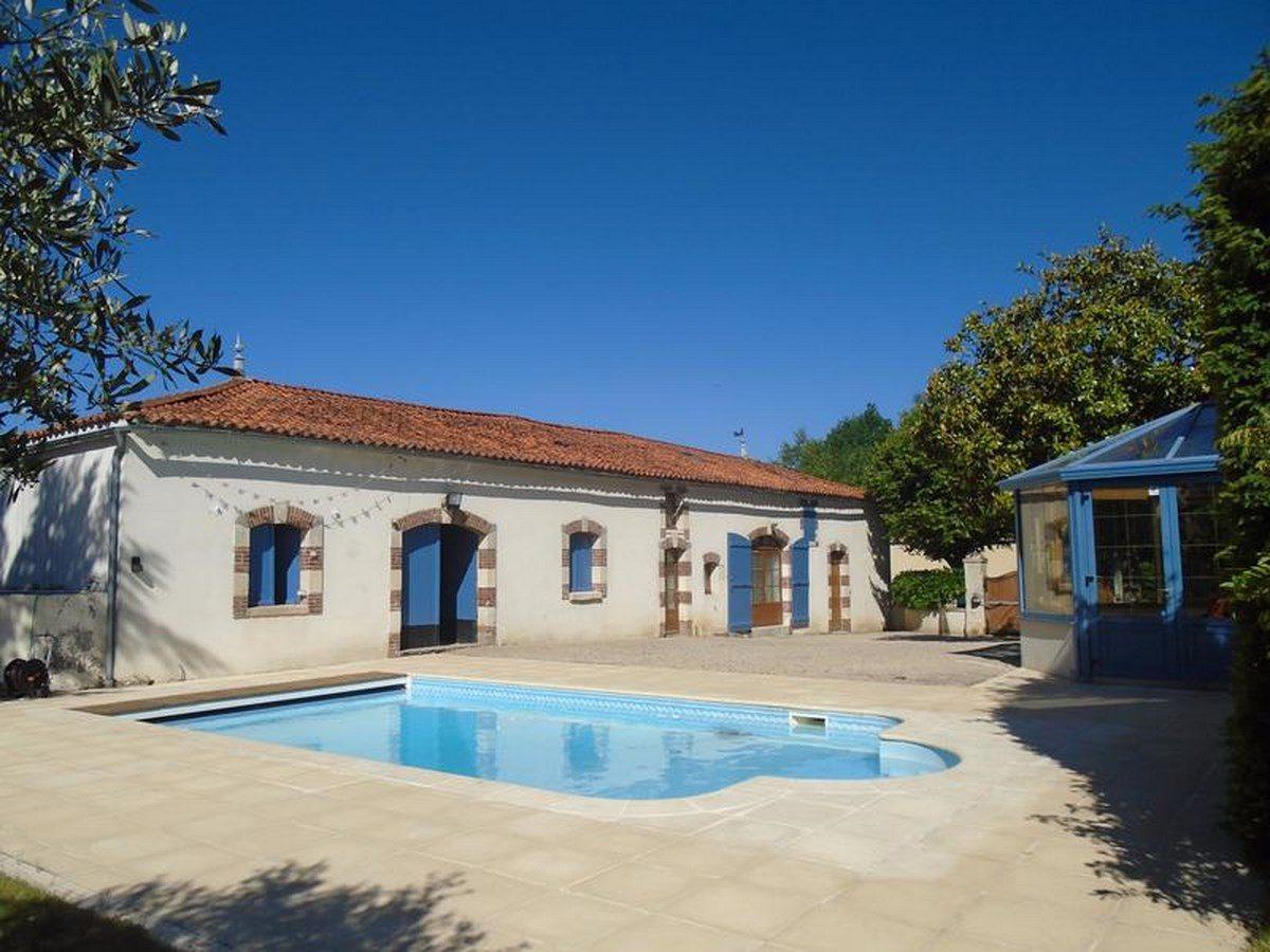 Olifanière-Gîte-avec-piscine