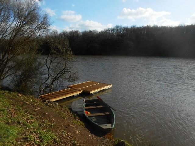 Barque et ponton