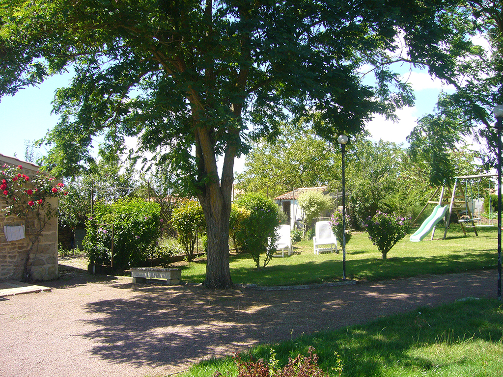 Brunet-acacias-st-michel-en-lherm-85-HLO (14)
