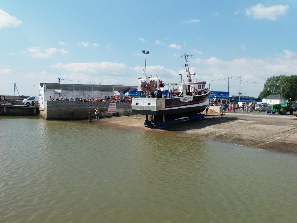 cale-de-mise-à-l-eau-du-port-l-aiguillon-sur-mer-85-loi