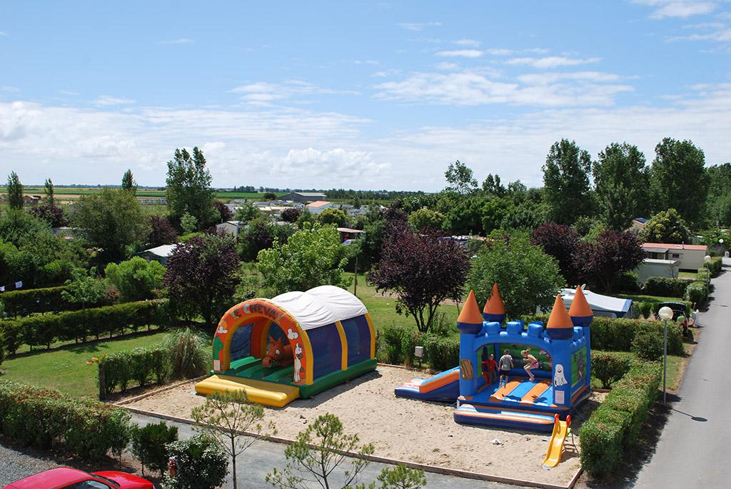 Camping-la-Dive-st-Michel-en-l'herm-85-HPA  (3)