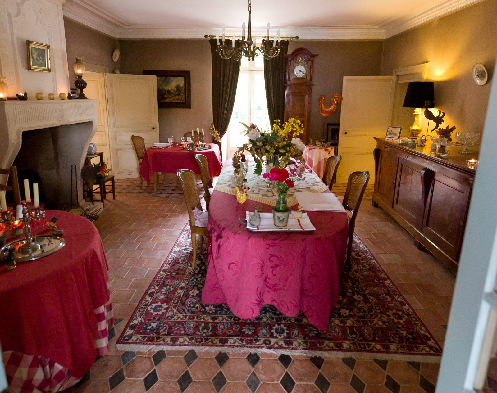 Chateau Moreilles Salle a Manger autre vue 9