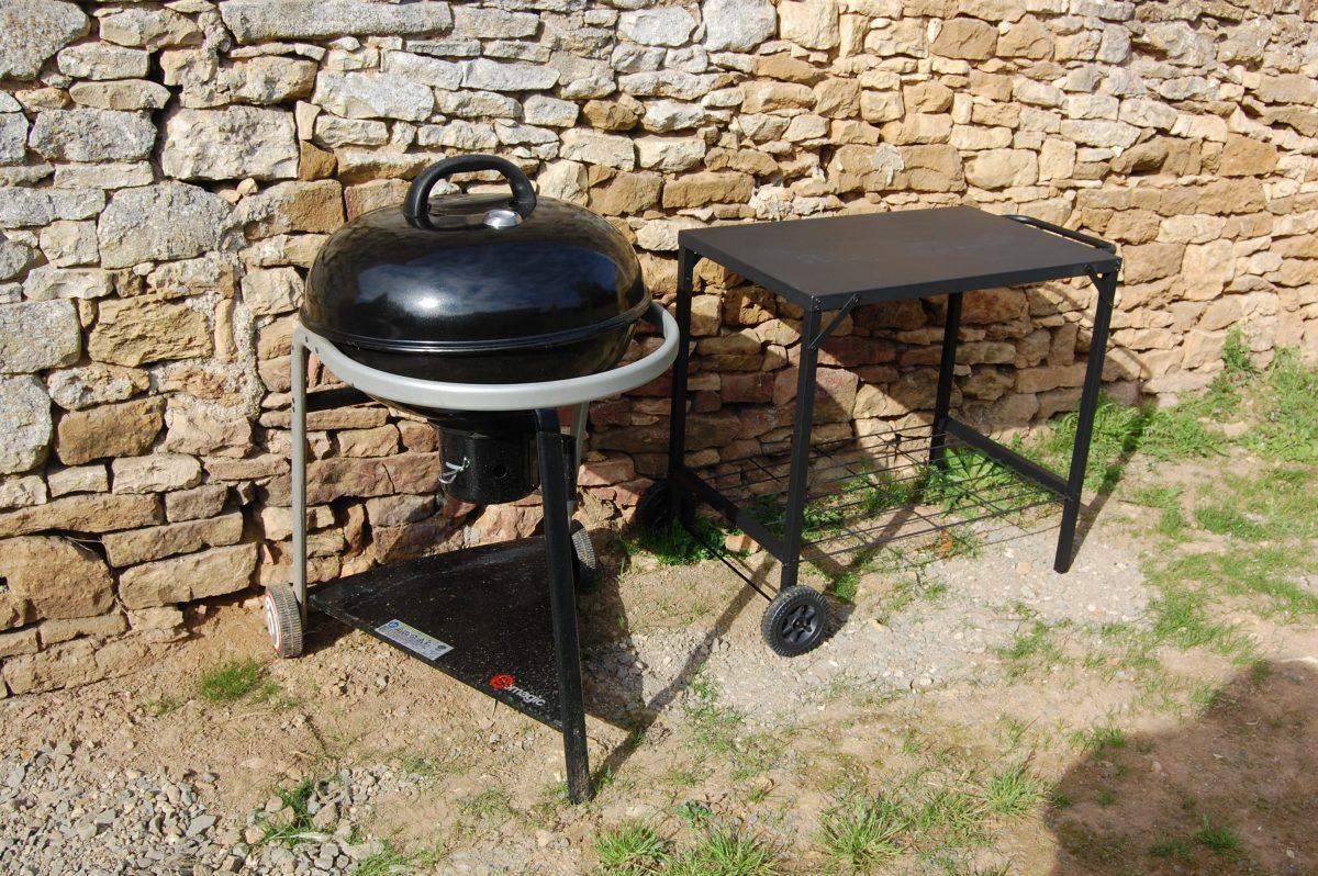 le gite de l'Échaudi – La Réorthe – Le barbecue