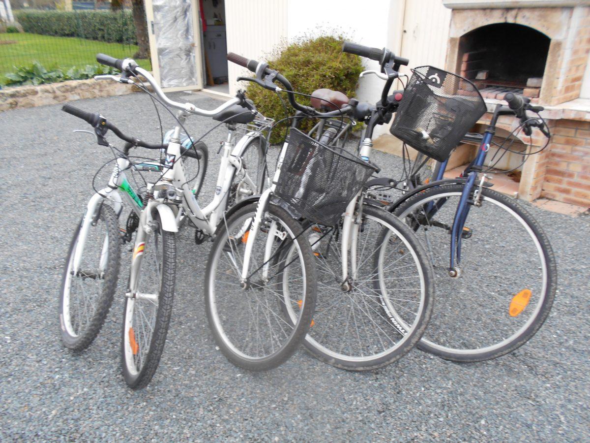4 vélos adultes, 2 vélos enfants 7/9 ans