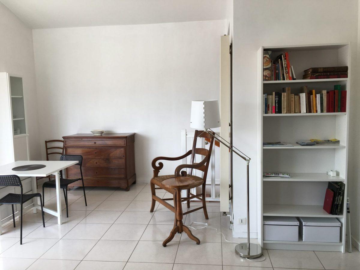 Les-Chardons-L-Aiguillon-sur-Mer-4-salon-coin-salle-amanger-