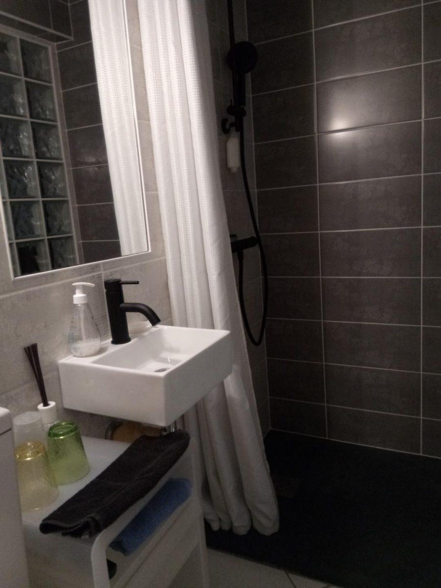 Meuble-La-Banque-L-Aiguillon-sur-mer–salle-d-eau