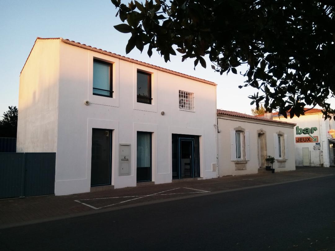 Meuble-La-Banque-L-Aiguillon-sur-mer-Exterieur