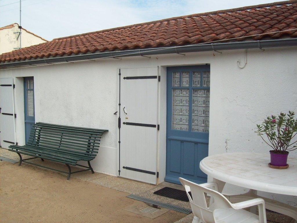 meuble-mesnier-mireille-maisonbasse-l-aiguillon-sur-mer-85-hlo-1