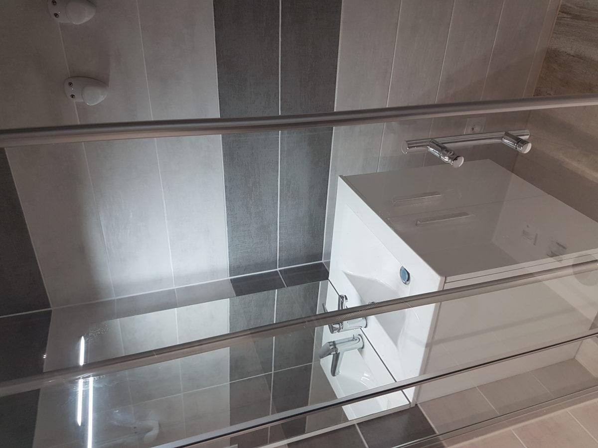Salle de douche-Mareuil sur Lay Dissais-N°9