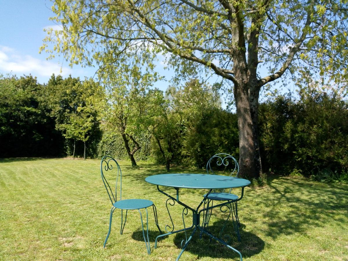 Salon de jardin ©lamaisondethire