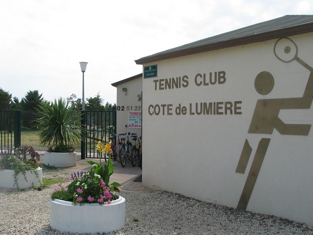 Tennis-club-l-aiguillon-sur-mer-85-loi-1