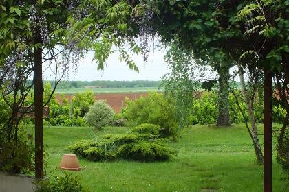 hotel-restaurant-le-mareuillais-jardin-2015-1