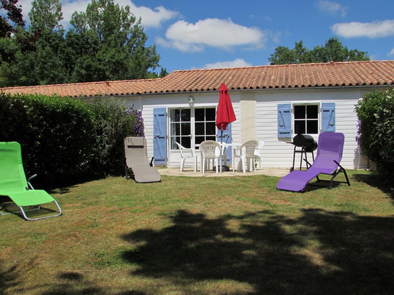 meuble-jardin-tournesol-nalliers-85-hlo-1