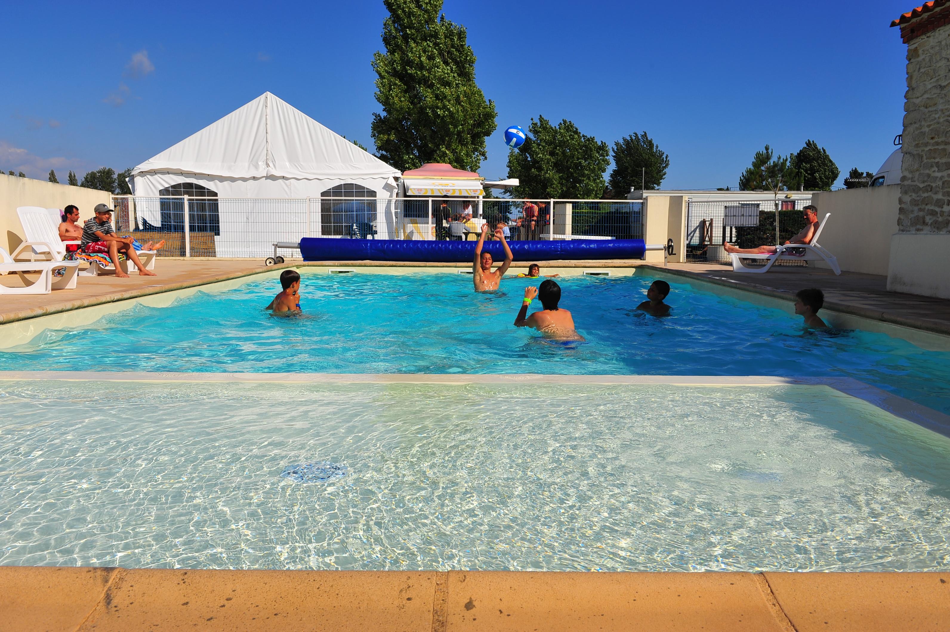 camping-pavillon-bleu-la faute-sur-mer-85-hpa-2