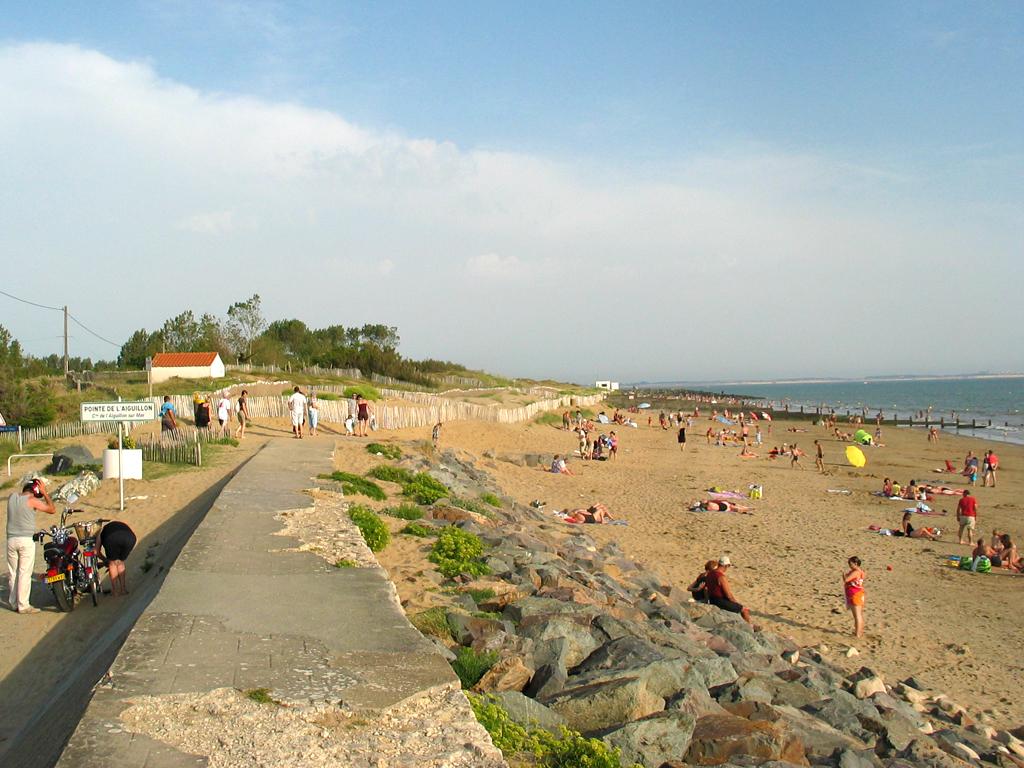 plage-de-l-oasis-l-aiguillon-sur-mer-85-pna-1