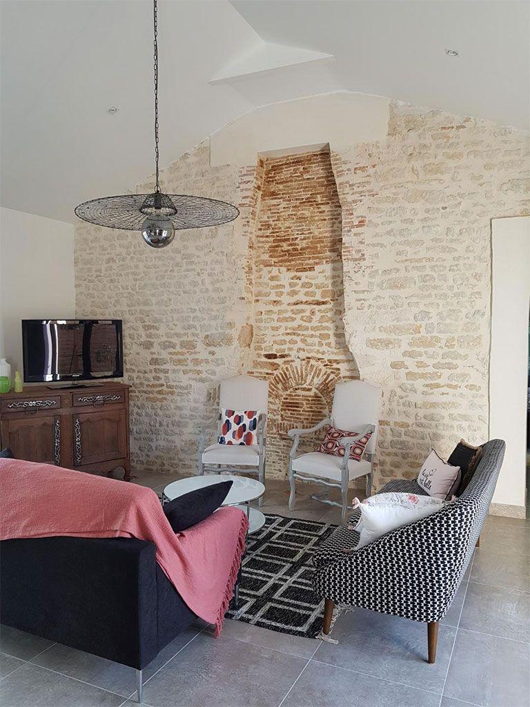 Salon ancienne cheminée