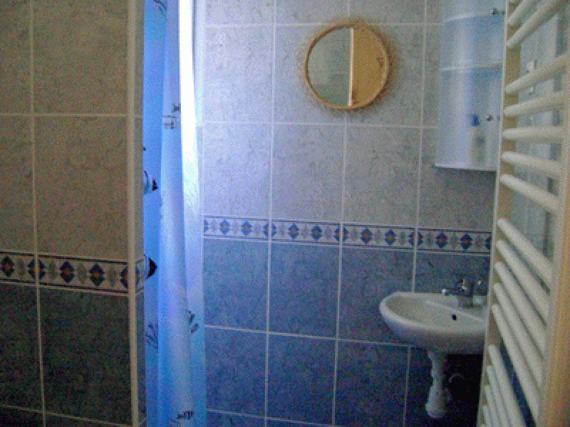Meublé NATMARIAN-Grues 2 éme salle d' eau
